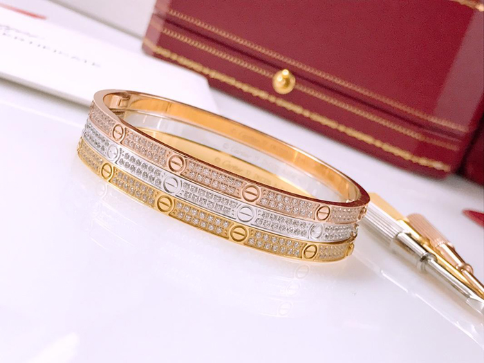 Cartier Love Bracelet SM PAVED DIAMONDS